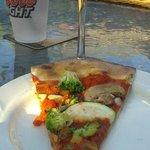 Scarlett Begonias (veggie) pizza, sans cheese