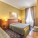 Hotel Apollo Room 1