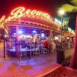 Brown's Live music on weekends