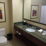 Nice spacious bathroom