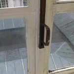 Dirty windowframes