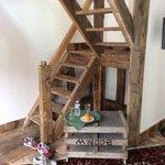 l'escalier menant a la chambre