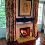 Living room fireplace in the Lord Byron Suite