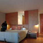 Room 4004