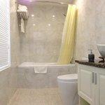 Bathroom - High Ceilings!