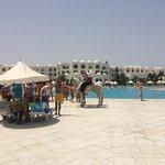 spettacolo berbero dalla piscina alla spiaggia