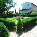 Os jardins são lindos. Muito verde e paz!