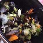 ムール貝1.2kg 23ユーロくらい? めちゃくちゃ美味しかった!!最後のスープまで飲み干したいくらい(>_<)