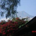 Vista del volcan desde el hotel