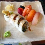 Dynamite Combo Roll (I had eaten some already before this pic was taken)