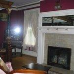 Guest bedroom Laurium Manor Inn