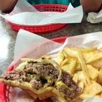 Arnolds Burgers Foto