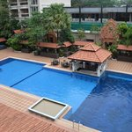 the pool woth construction of apartments behin