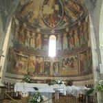 Basilica of the Santissima Trinita. Interior