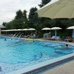 una delle 5 piscine con idromassaggi