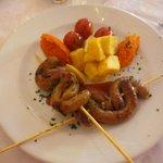Brochettes merguez et légumes d'accompagnement