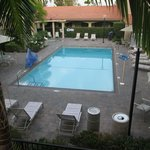 Outdoor pool & tub
