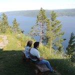 Au pied de notre chalet face au fjord