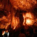 La cueva con una luce più realistica