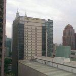 房間外的風景,可看到雙子星大樓很近