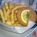Fishcake and chips - nom!