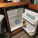 空で提供される冷蔵庫