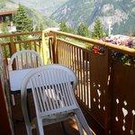 balcon avec vue sur montagne