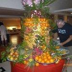 Гора фруктовая))) Ням...