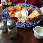 Wetherspoon restaurant 2min walk from hotel breakfast