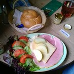 The best ploughmans ever, absolutely perfect.