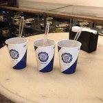 """Estas são as """"taças"""" onde são servidos os sorvetes na Confeitaria Colombo. Inacreditável!!!"""