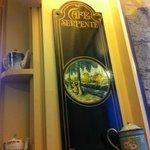 Le Cafe Serpente