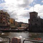 Вид на отель и замок