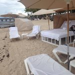 Cabana by the ocean... Very relaxing!