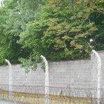 muro y alambrado