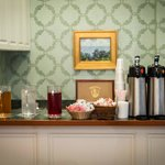 Complimentary continental breakfast beverages