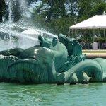 horses in fountain