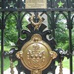 gate around Jefferson cemetary