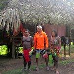 Acampando en la aldea Embera