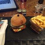 Super hamburger et super ambiance relaxe.
