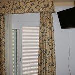 Дверь на балкон номера 305