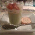 Petite verrine et sablé parmesan en mise en bouche