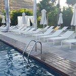 bassengen på hotellet