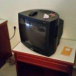 La télé tube catodique dommage pour un 4 étoiles :-(