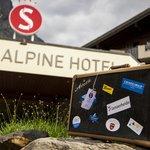 Eingang Sunstar Alpine Hotel Grindelwald