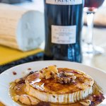 Pan-fried goat's cheese with Pedro Ximenez