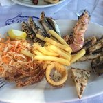 Taverna Boathouse 