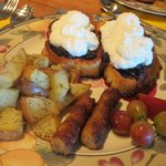 My favorite breakfast---Oregon blueberry cobbler french toast!!