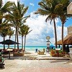 Pelicano Inn Beach Club Restaurant