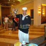 Abdallah, le thé à la menthe avec le sourire